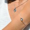 Bracelet en or blanc 18 carats et son trèfle en topaze bleu - Laudate