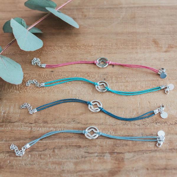 Bracelet sur cordon parenthese fleurie Laudate