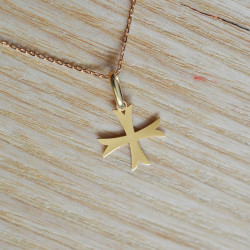 Mini croix ancrée