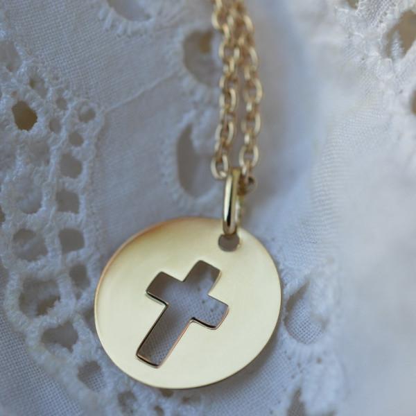 Croix bapteme ajourée