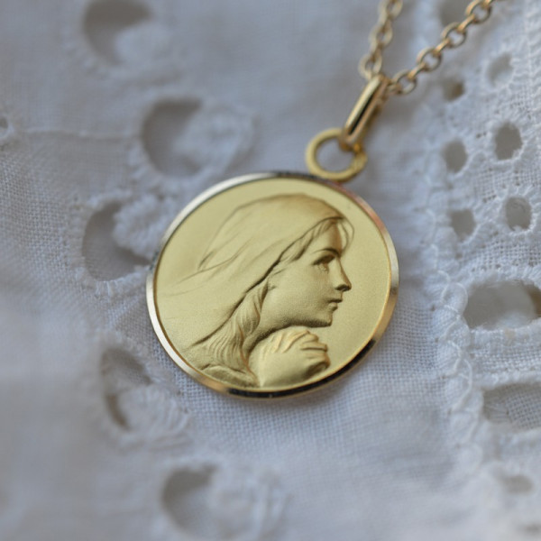 Medaille bapteme Marie Ange 9 carats
