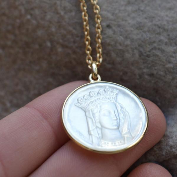 Medaille bapteme Notre Dame de Paris nacre