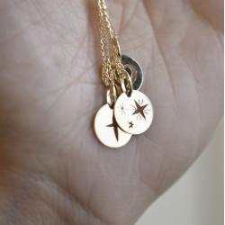 Mini croix étoilée