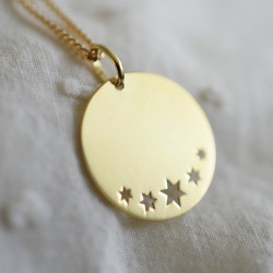 Médaille étoilée