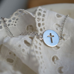 Bracelet croix ajourée