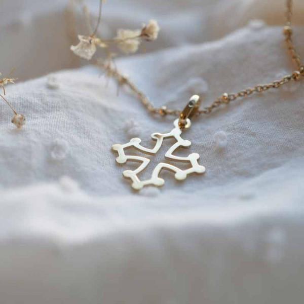 Croix de bapteme Croix solidarité ajourée