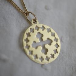 Médaille croix romane