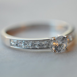 Solitaire Diva diamant or blanc