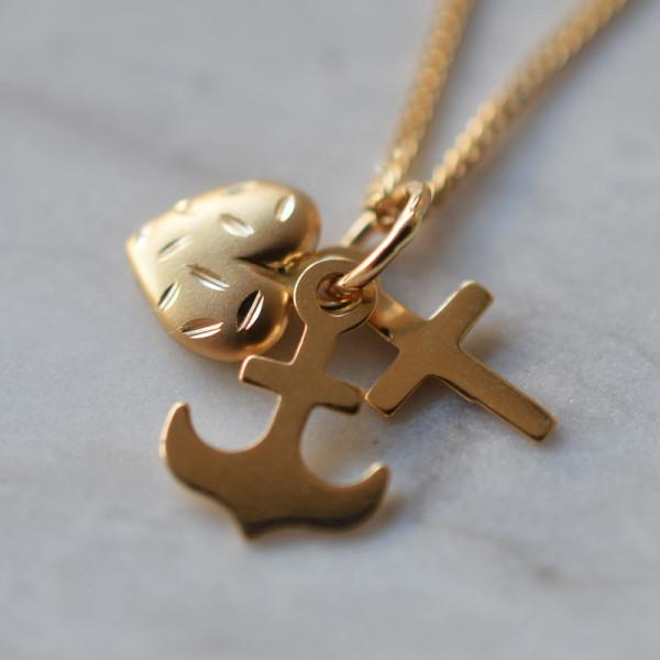 Pendentif Croix Ancre Coeur or jaune 18 cts