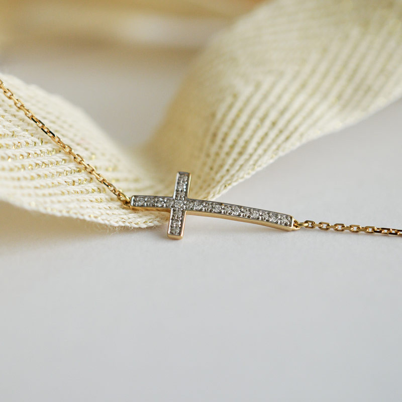 Bracelet croix diamants